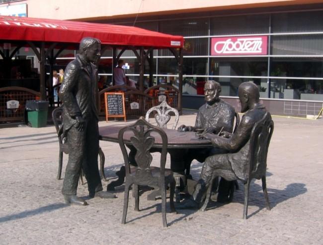 Памятник Трём Фабрикантам