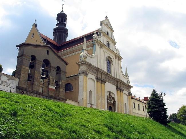 Костел Святой Терезы и монастырь кармелитов босых