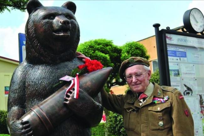 Войтек - единственный медведь, участвовавший во Второй мировой войне