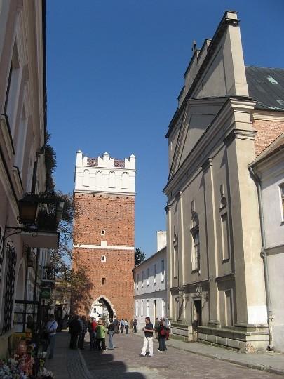 Опатувские ворота